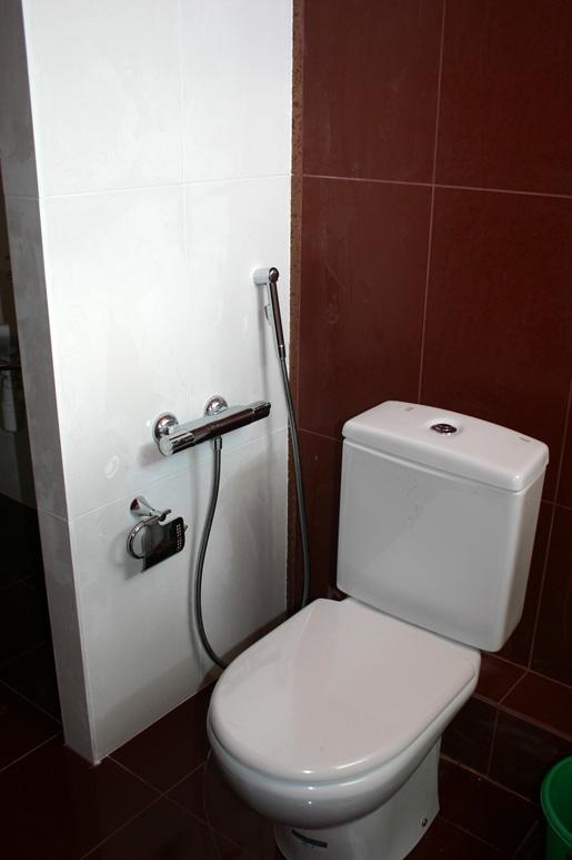 Установка ванной и унитаза заказ екатеринбург сантехника астрахань
